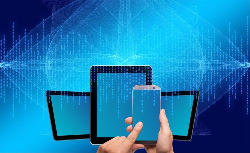 aplikacja mobilna bukmachera czy strona www